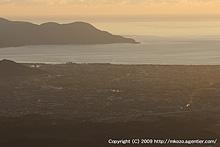 沼津を見下ろす丘で