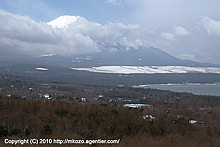 まだ雪残る富士の麓へ